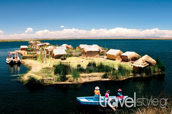 shutterstock_96802072_traditional-boats-in-the-floating-and-tourist-islands-of-lake-titicaca-puno-peru-south-america