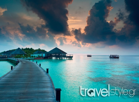 shutterstock_96868360_island resort in the maldives