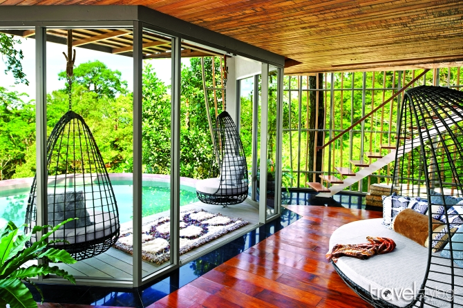 Tree-Pool-House-Lounge-