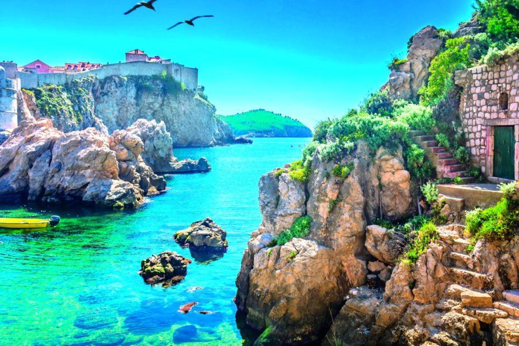 Νησάκι Λόκρουμ, Κροατία