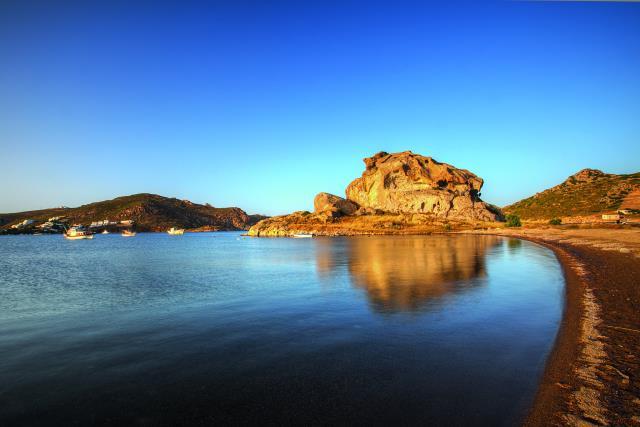 Πέτρα, παραλία Πάτμος