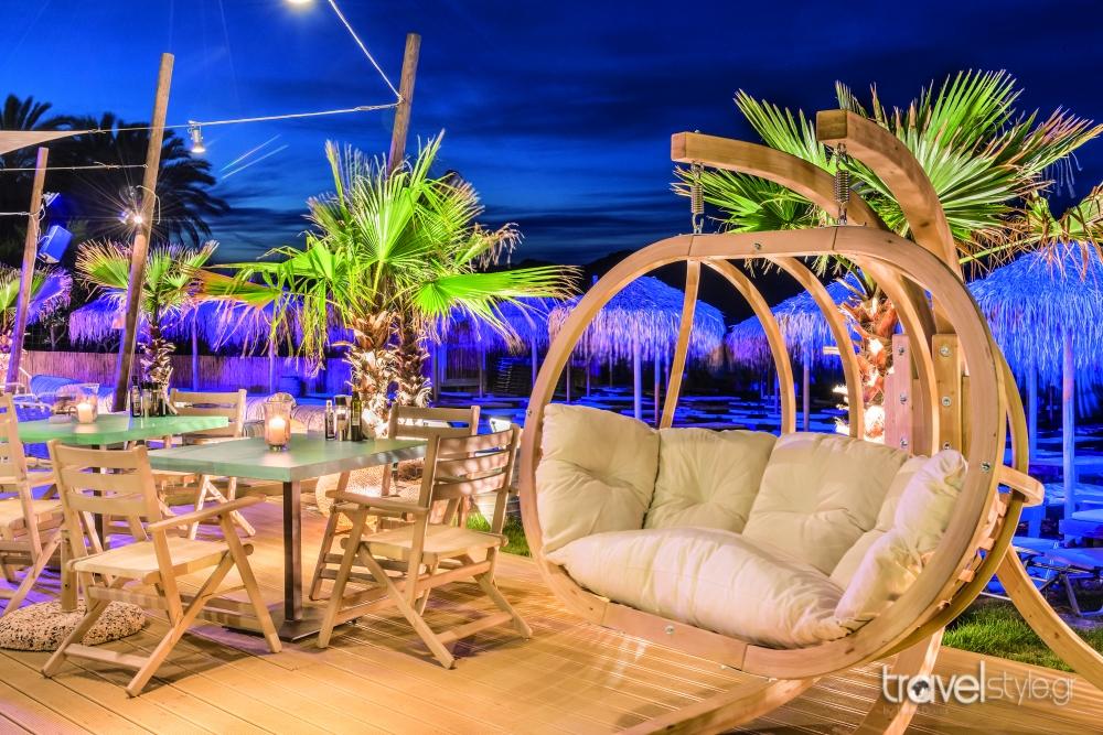 Almira Beach Bar & Restaurant