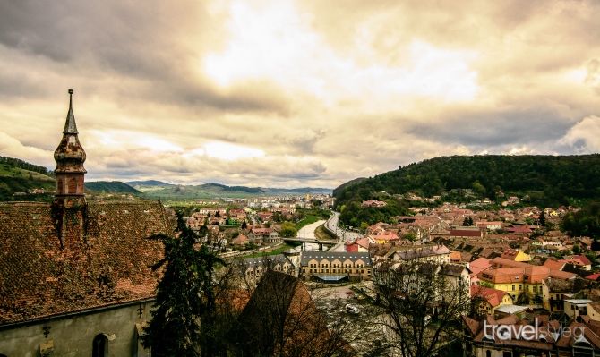 sighisoara-overlook-100