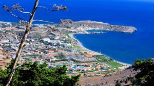 Το χωριό της Ελλάδας που έχει μόνο… ξενοδοχεία – Αγροτικός οικισμός… πολυτελείας! (βίντεο)