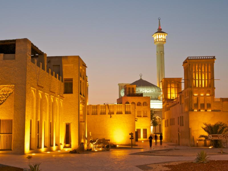 Που χρονολογούνται στο Ντουμπάι