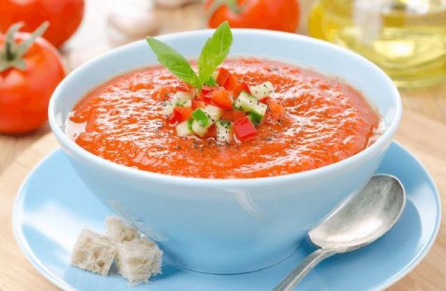 Gazpacho - ισπανικά φαγητά