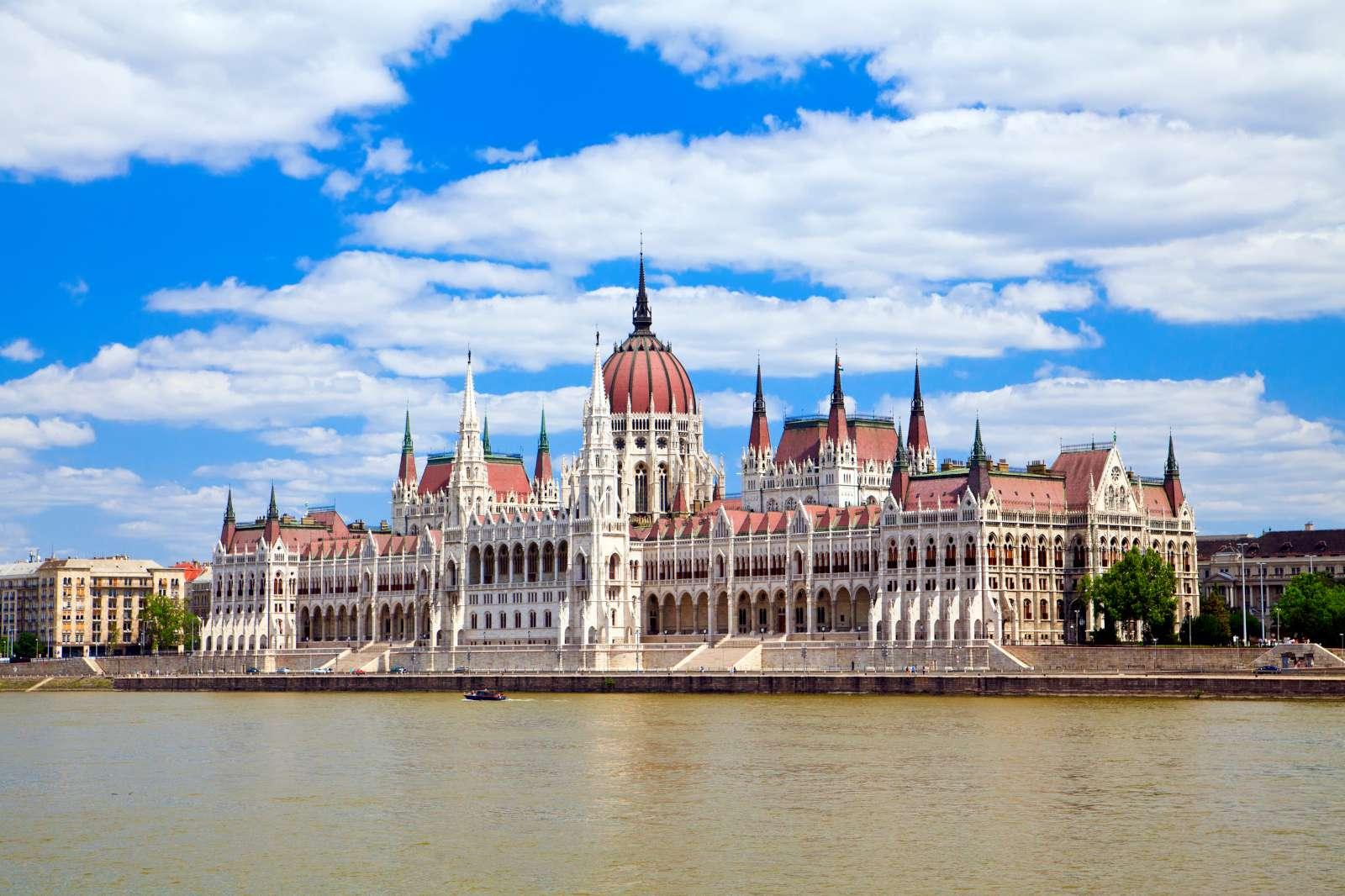 Βουδαπέστη: Ένα μοναδικό ταξίδι στη βασίλισσα του Δούναβη (photos)