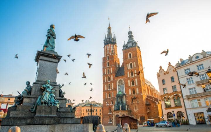 cheap-krakow-ap96582144-large