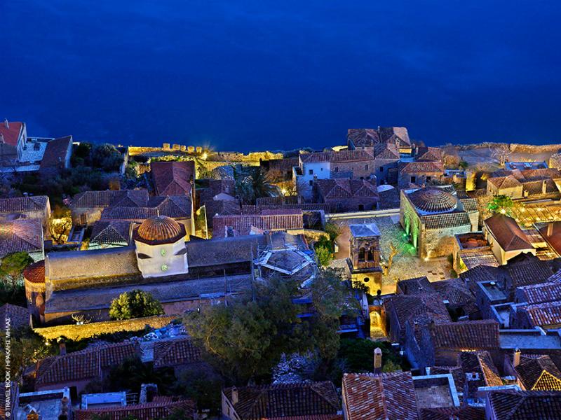 Μονεμβασία: Η μεσαιωνική καστροπολιτεία που θυμίζει ονειρικό σκηνικό