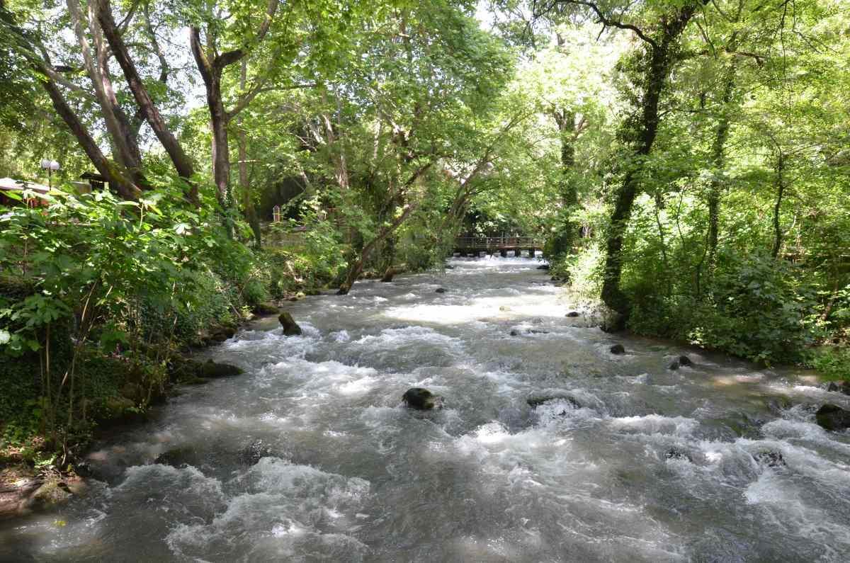 Σπήλαιο Αγγίτη ποταμός