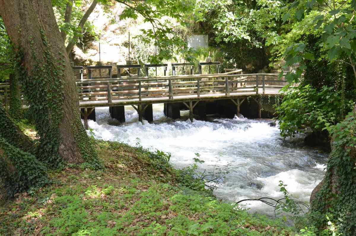 Σπήλαιο Αγγίτη Δράμα γέφυρα είσοδος