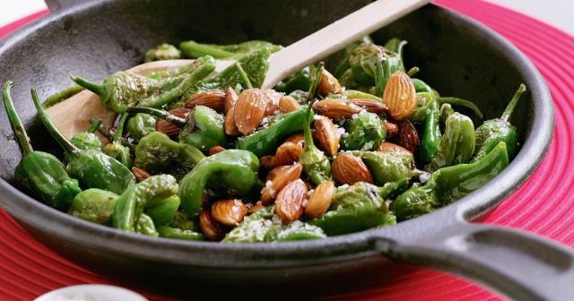 Pimientos de Padron - ισπανικά φαγητά