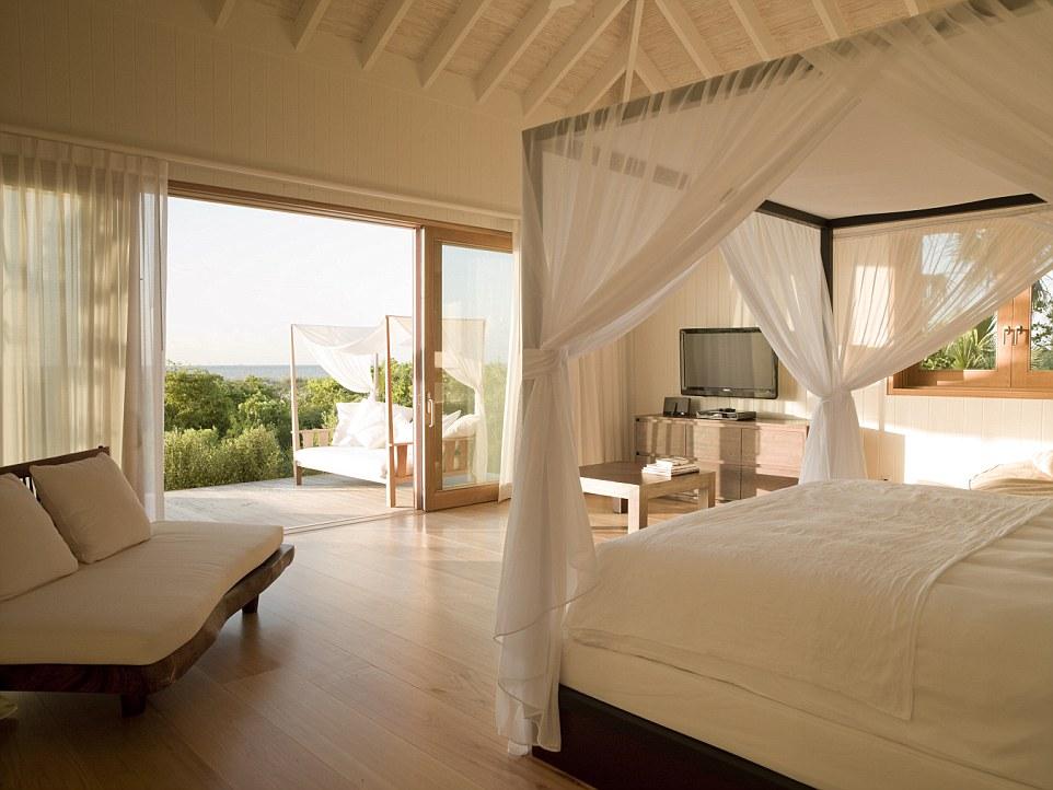 PARROT CAY Three-Bedroom-Villa-Bedroom-1.jpg