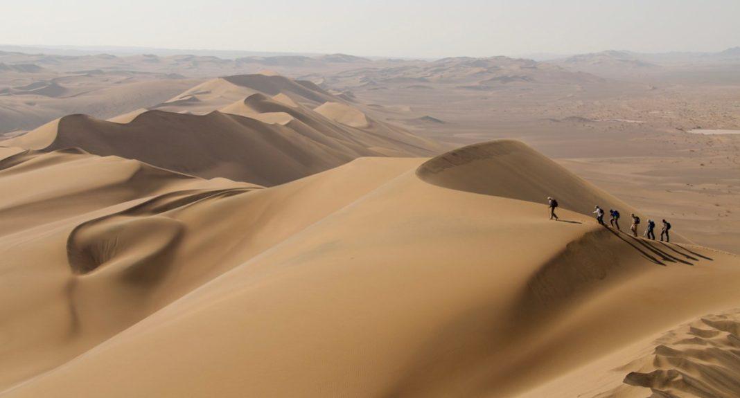 Η έρημος Lut είναι το πιο θερμό μέρος της γης
