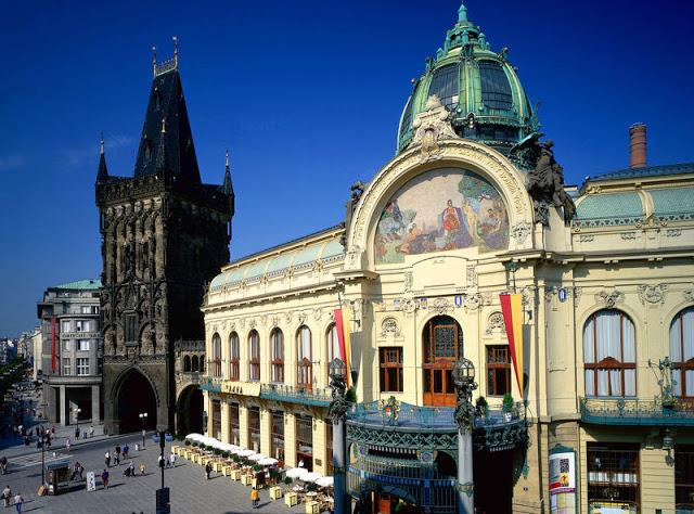 Pulverturm, Repräsentationshaus Obecni dum, Prag, Mittelböhmen, Tschechien
