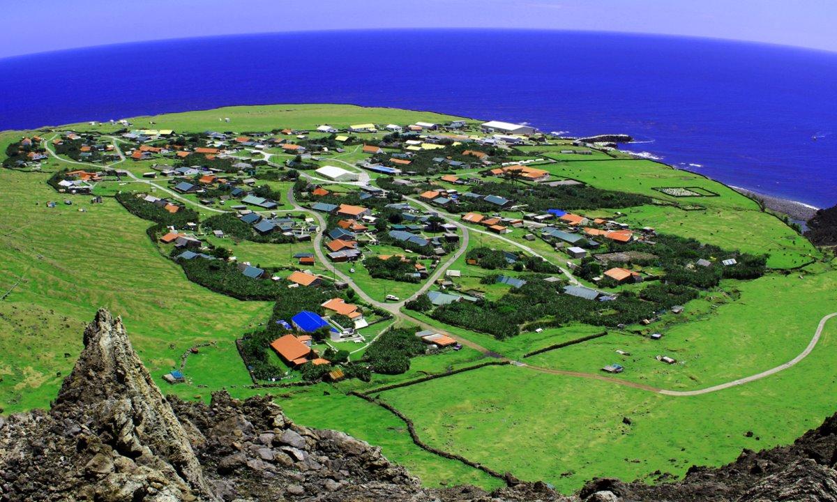 το πιο απομακρυσμένο κατοικήσιμο νησί