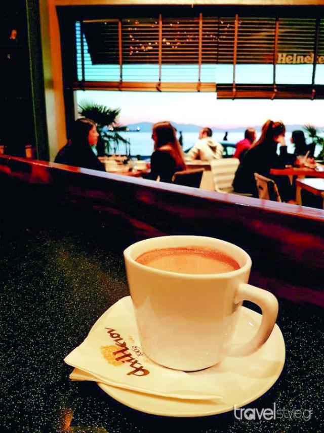 Axilleion Cafe bar Θεσσαλονίκη