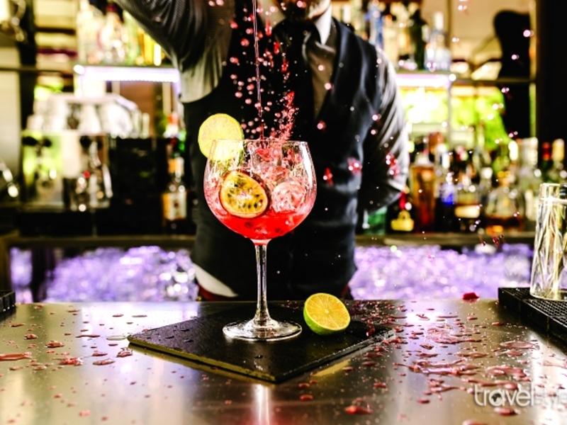 Τα αγαπημένα spot της Θεσσαλονίκης με τις καλύτερες cocktail lists!