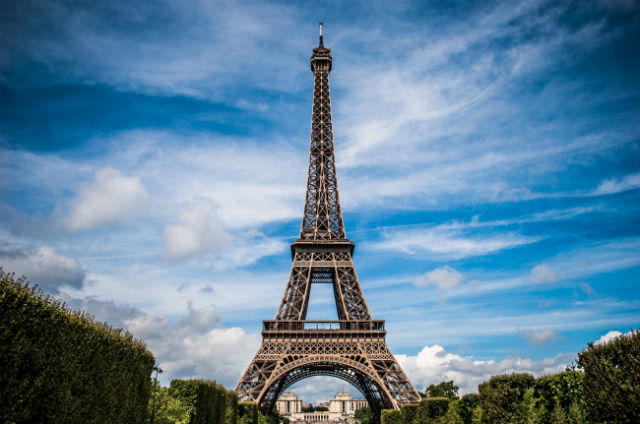 Πύργος του Άιφελ - Σε αυτά τα αξιοθέατα του κόσμου απαγορεύεται να βγάλεις selfie!