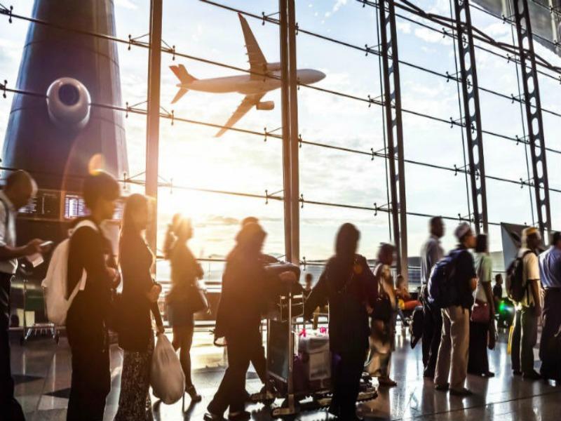 «Καλοκαιρινό χάος» στις πτήσεις! Απεργίες σε μεγάλα αεροδρόμια