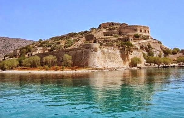 Αυτά είναι τα 15 πιο ανατριχιαστικά μέρη στην Ελλάδα. Με το 7 θα πάθετε πλάκα! (Photos)