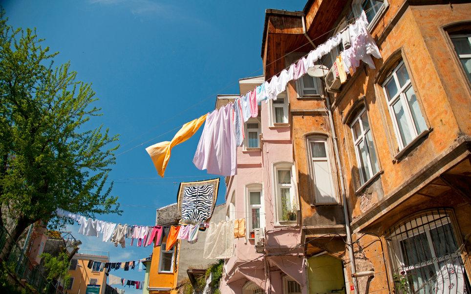 """12+1 πόλεις που μοιάζουν με έναν """"ζωντανό καμβά"""" γεμάτο χρώματα! (photos)"""
