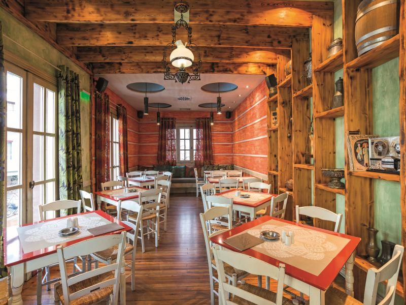 Ιωάννινα: 10 εστιατόρια που πρέπει οπωσδήποτε να δοκιμάσεις!
