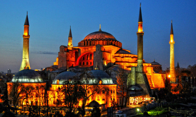 Κωνσταντινούπολη: Όσα δεν ξέρεις σαν ταξιδιώτης για την Αγία Σοφία (Photos)