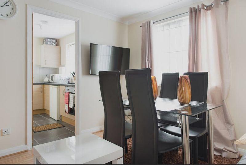 Πάσχα στο Λονδίνο με καταπληκτική προσφορά! Βρήκαμε για εσάς ολόκληρο σπίτι μόνο με €33 το άτομο!