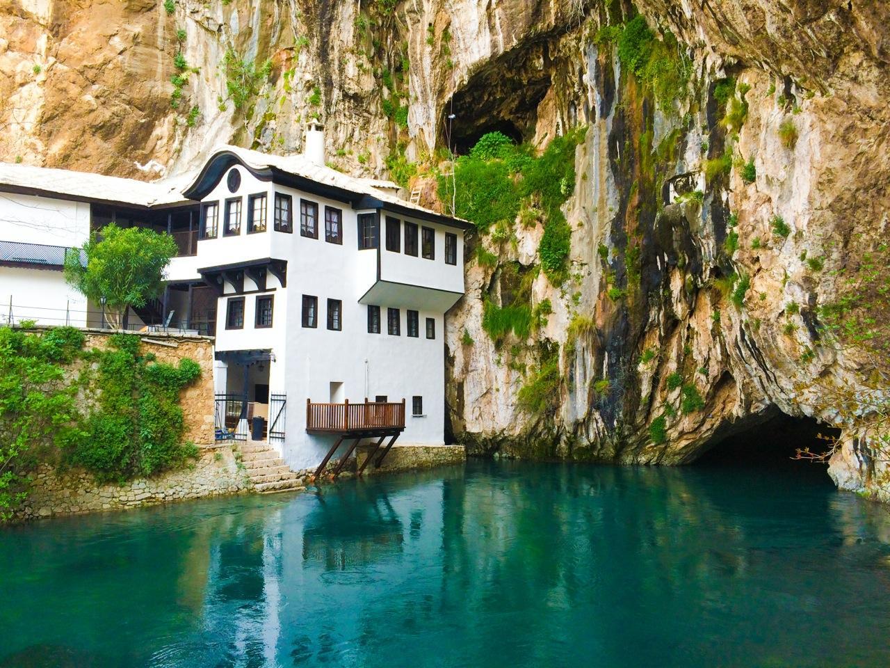 20+1 ταξιδιωτικοί προορισμοί - κρυμμένοι θησαυροί. Ανάμεσά τους και ένα ελληνικό νησί! (Photos)