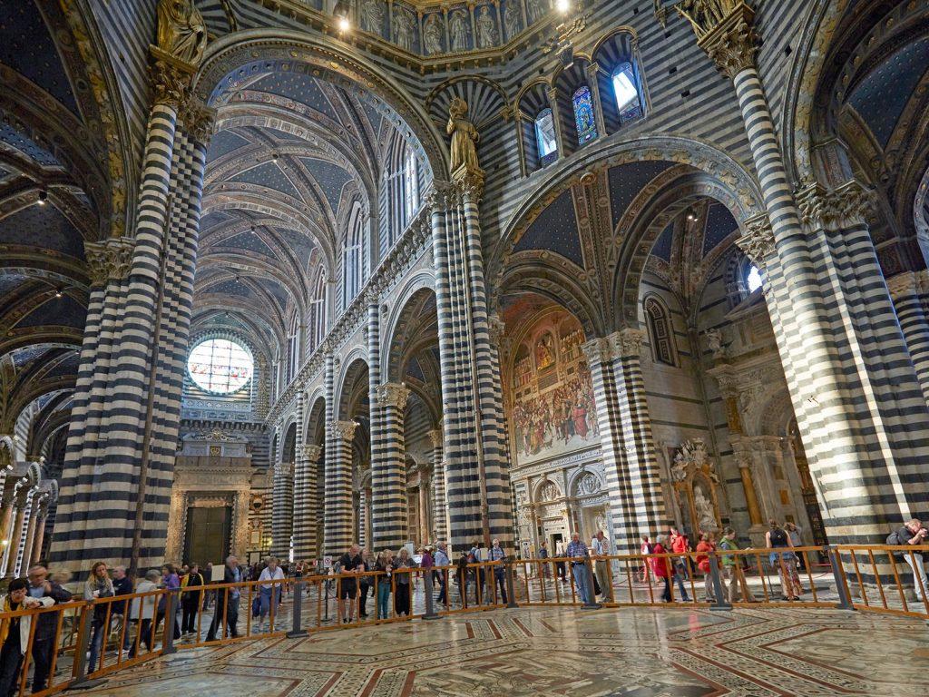 Ένα ταξίδι στην αρχιτεκτονική της Ιταλίας μέσα από τους... εντυπωσιακούς της ναούς!