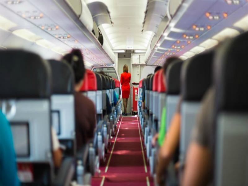 Ποια είναι η θέση στο αεροπλάνο που έχεις περισσότερες πιθανότητες να σωθείς;