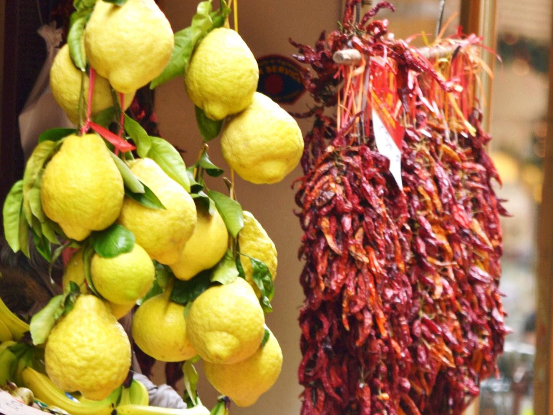 Τα λεμόνια στο Σορέντο, από τα οποία θα πιεις τα καλύτερα λιμοντσέλο