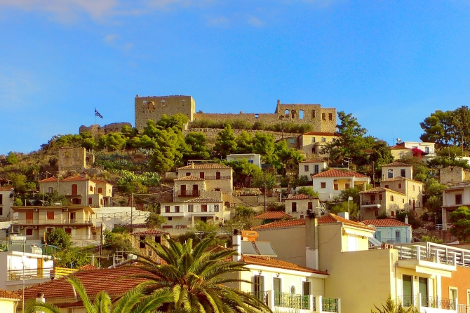 Ο προορισμός πολύ κοντά στην Αθήνα που αξίζει να ανακαλύψετε και έχει όλα όσα ζητάτε από ένα νησί!