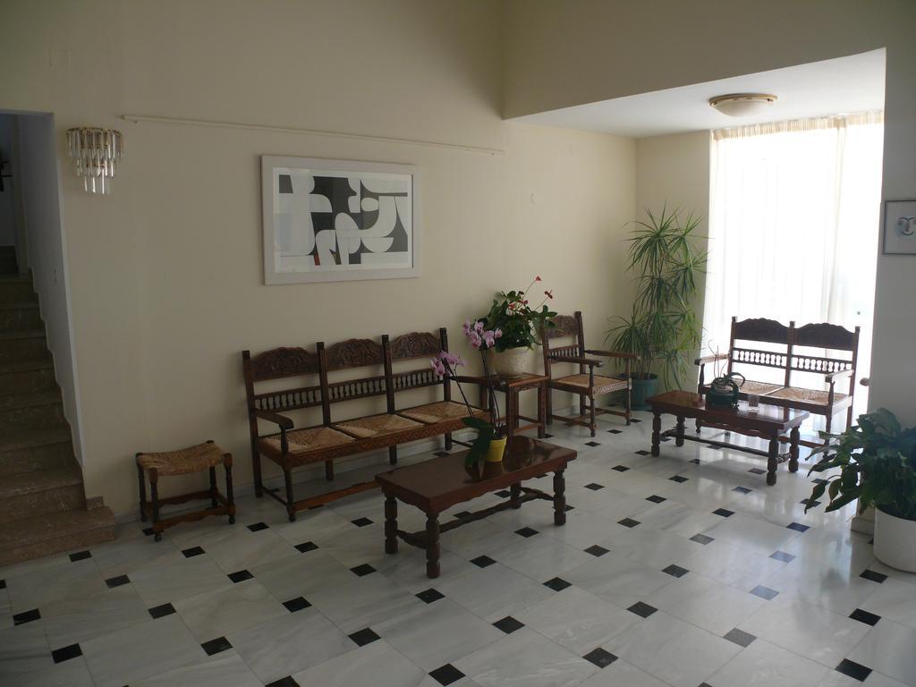 Ψάξαμε και βρήκαμε σούπερ προσφορά για Πρωτομαγιά στην Αίγινα σε εξαιρετικό ξενοδοχείο, από 35€ το άτομο! (Photos)