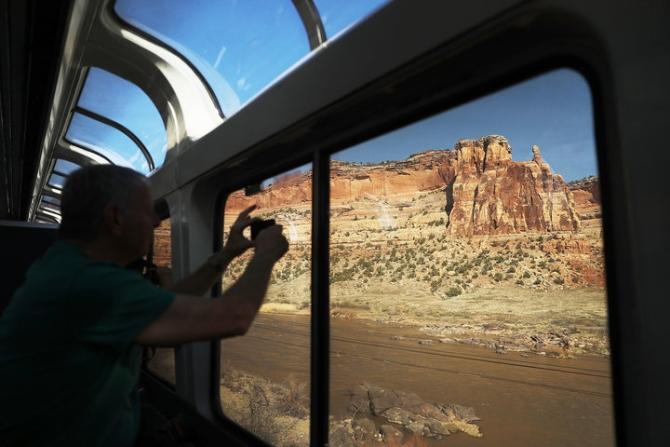 Ακόμα κι αν δεν πας αξίζει να τις δεις! Αυτές είναι οι πιο εντυπωσιακές διαδρομές με τρένο στις ΗΠΑ!