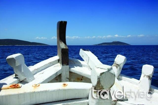 Πεταλιοί: Η Καραϊβική μόλις μια ώρα από την Αθήνα!