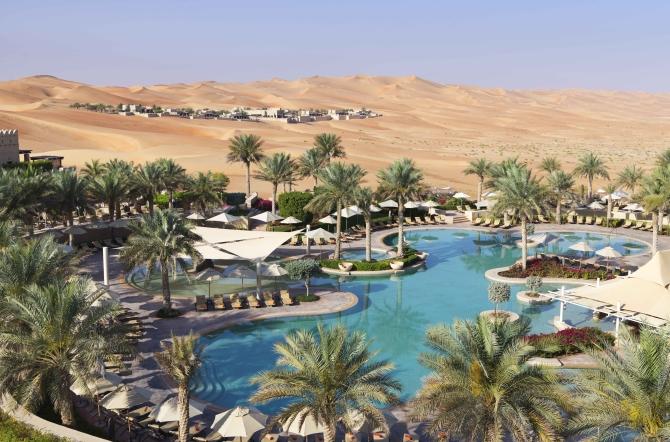 Δεν θα πιστεύετε στα μάτια σας! Μπήκαμε στο ξενοδοχείο που έκανε και τους πλουσιότερους Σαουδάραβες να τα χάσουν με την χλιδή του!