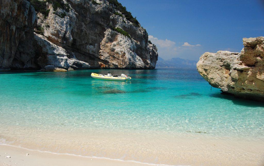 Σμαραγδένια Ακτή, Ιταλία