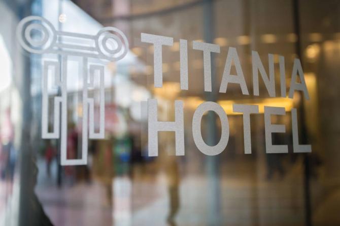 Θα πάθετε πλάκα! Ένα από τα πιο διάσημα ξενοδοχεία της Αθήνας μόλις ανακαινίστηκε και μεταμορφώθηκε! (PHOTOS)