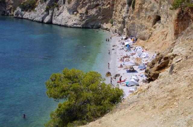 Αγκίστρι οδηγός: Κορυφαία αξιοθέατα, προτάσεις για φαγητό, διαμονή & παραλίες!