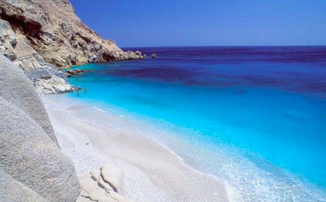 Μακροζωία: Σε αυτά τα νησιά σταματάει ο χρόνος. Ανάμεσα τους & ένα ελληνικό
