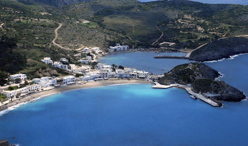 Δεν πάει το μυαλό σας με ποιο ελληνικό νησί παραληρεί η κεντρική Ευρώπη! Ετοιμάζουν διθυραμβικά αφιερώματα! (Photos)