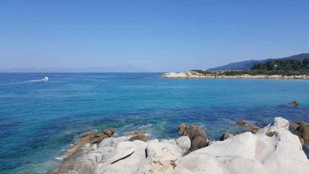 Παραλία Καβουρότρυπες, Χαλκιδική
