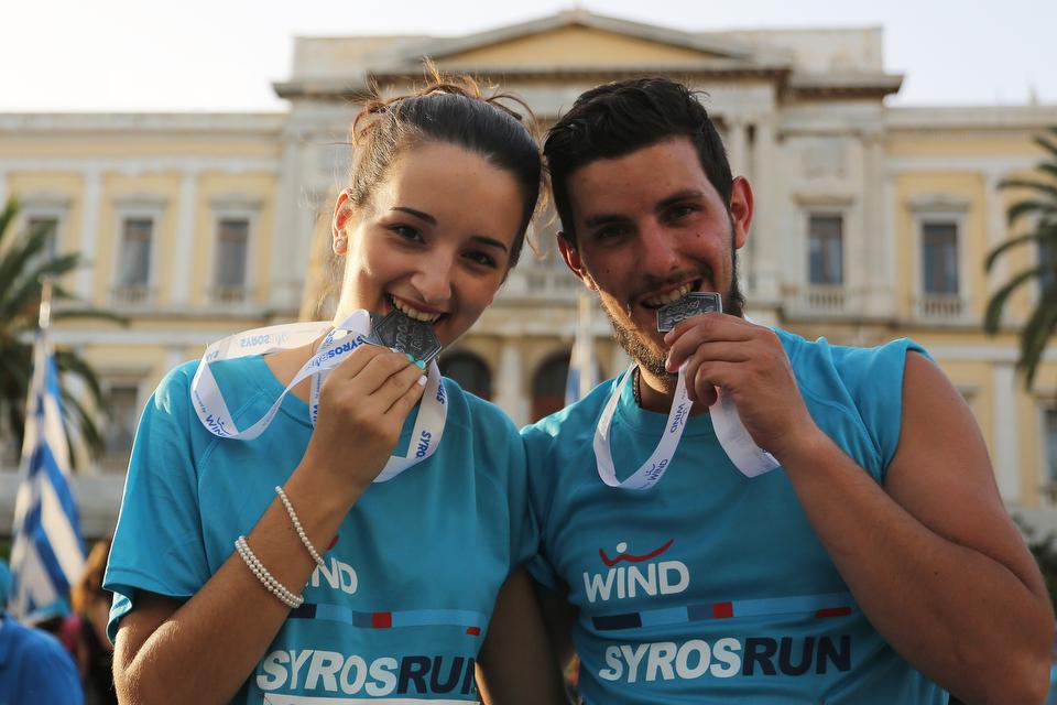 Δείξε το Δρόμο με την WIND  στο Syros Run