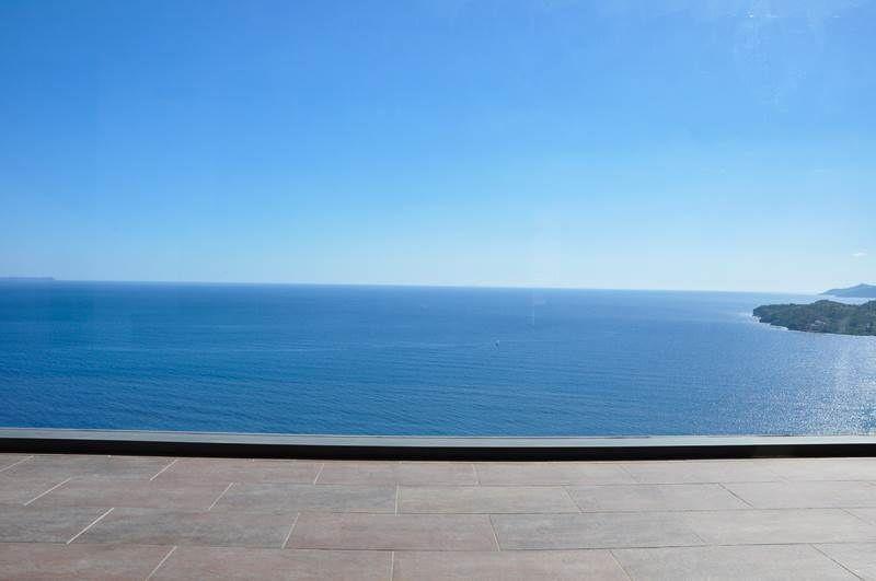Σε ταξιδεύει! Το σπίτι στην Αρκαδία με την πιο μαγευτική θέα στην θάλασσα! (photos)