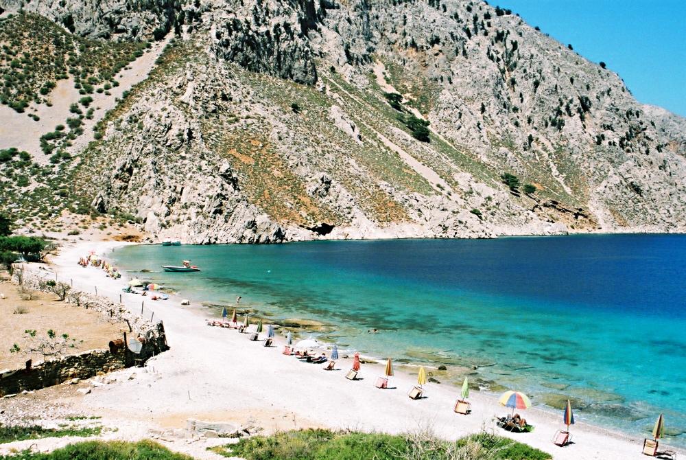 Παραδεισένια ομορφιά: Γνωρίστε τις 7 πιο εξωτικές παραλίες της Ελλάδας! (PHOTOS)