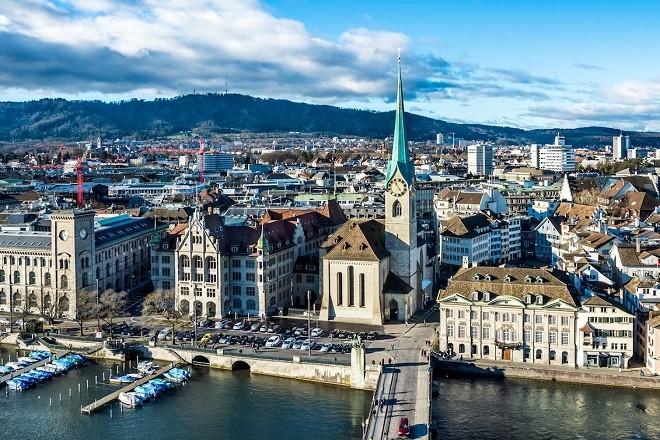 Μην ψάχνεσαι άδικα! Αυτές είναι οι 15 πόλεις με τους υψηλότερους μισθούς στον κόσμο! (photos)