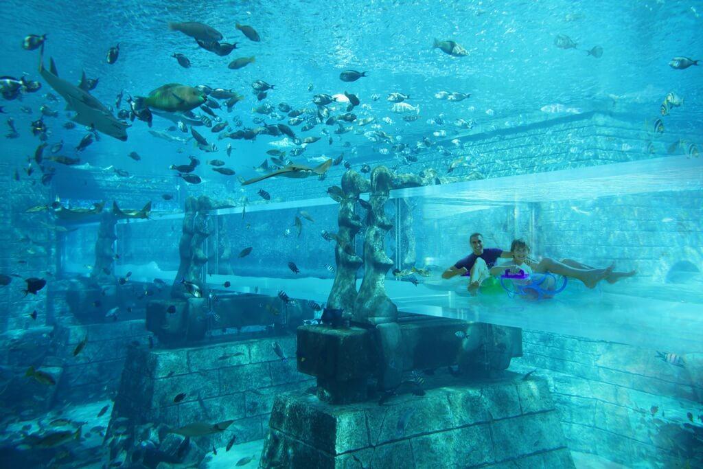 Αυτά είναι τα πιο εντυπωσιακά Water Parks του πλανήτη! (video)