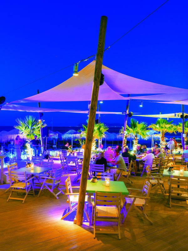almira beach restaurant